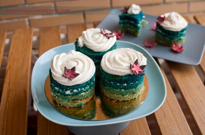 No suelo utilizar el azúl y verde como colores decorativos pero estos minicakes quedan espectáculares así ¿no creéis?